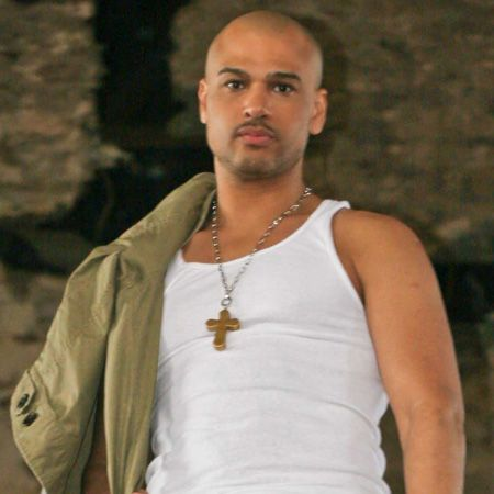 Who is chico debarge correos